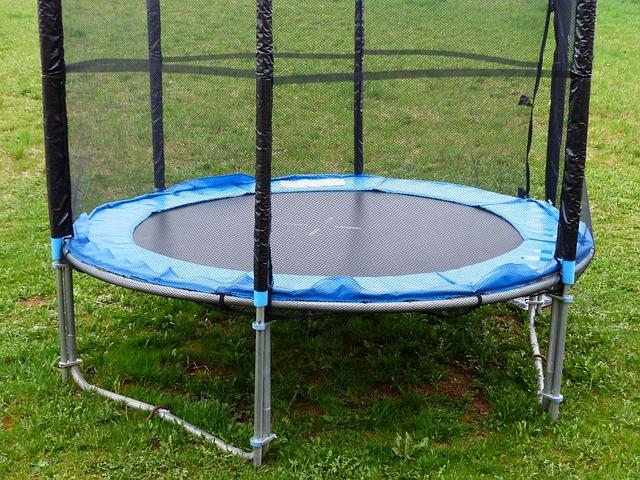 Typická moderní trampolína